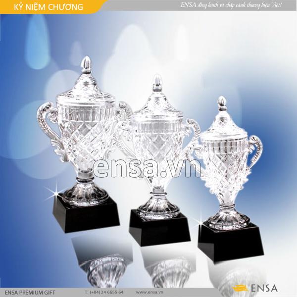kỉ niệm chương, quà tặng doanh nghiệp, cung cấp kỉ niệm chương trang trọng